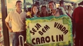 Greeting Carolin Dippel at GRU Airport. August 2009